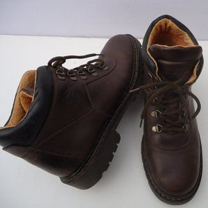 SIZE 9 M.Timberland Women's Leather Ankle Boot.